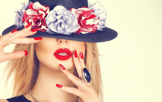 Sprawdzone sposoby na czerwone, kuszące usta
