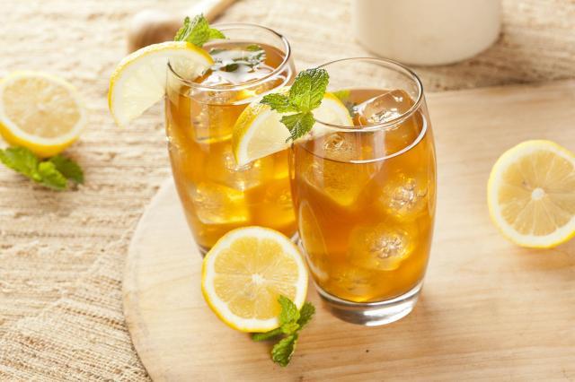5 przepisów na najlepsze mrożone herbaty