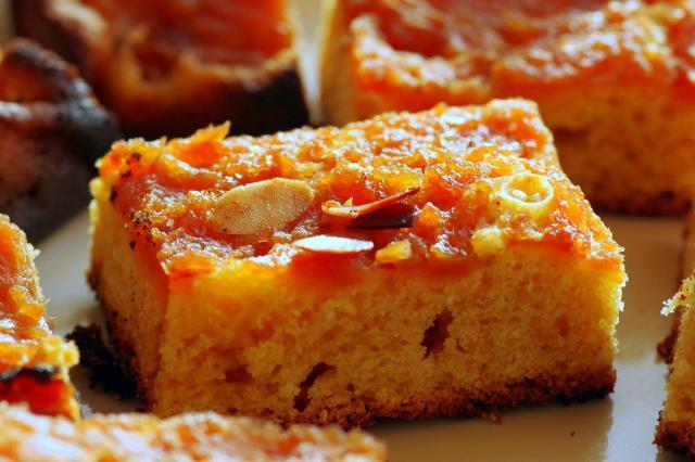 Przepisy na smaczne, warzywne ciasta, które zrobisz w prosty sposób