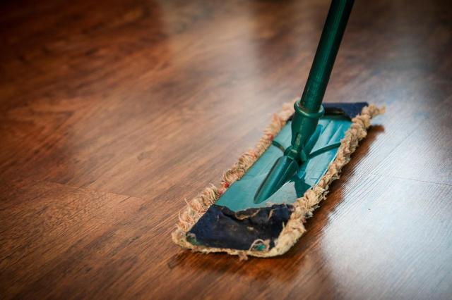 8 błędów, które sprawiają, że sprzątanie ciągnie się w nieskończoność