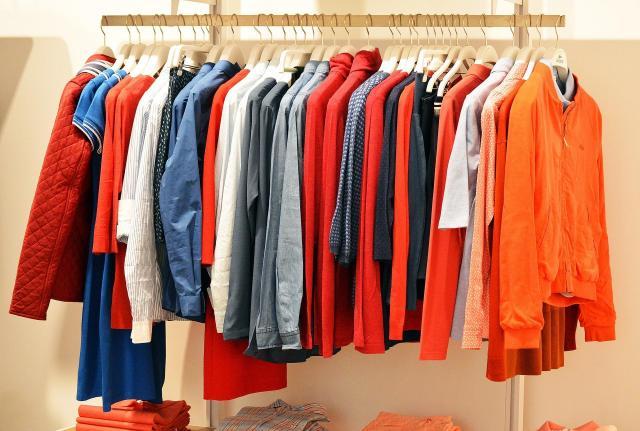 Stylowy wybór - co warto mieć w swojej szafie?