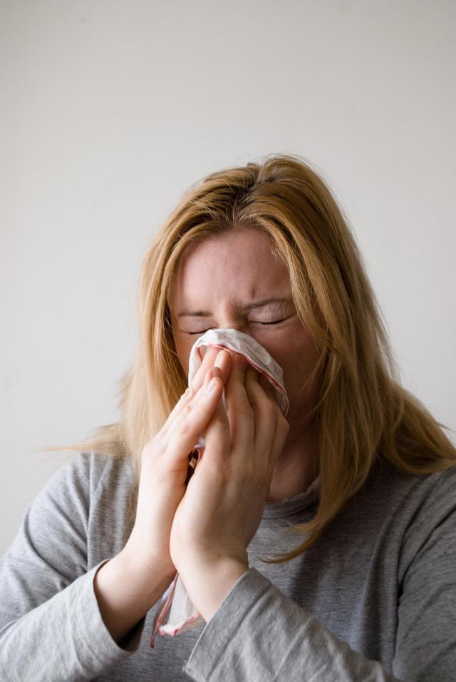 5 skutecznych sposobów, aby uniknąć grypy i przeziębienia