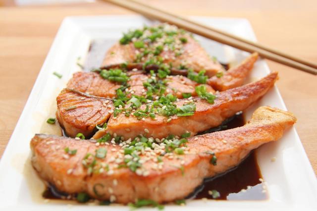 Czy wiesz, które gatunki ryb warto wprowadzić do swojej codziennej diety?
