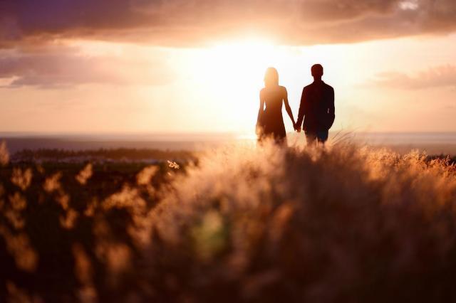 Czy przyjaźń może przerodzić się w stały związek?