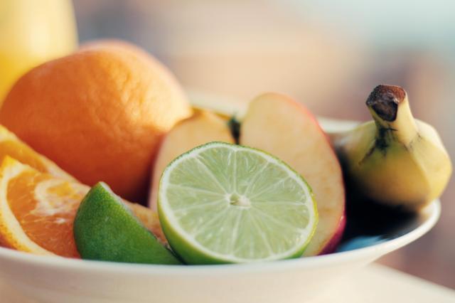 Jesz owoce? Lepiej sprawdzaj kod PLU!