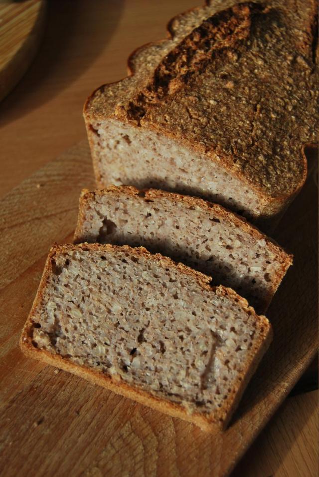 Przepis na chleb bezglutenowy z białej kaszy gryczanej