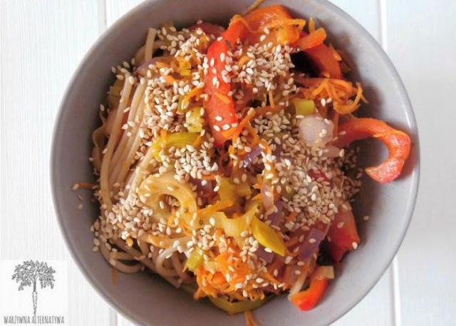 Przepis na spaghetti orientalne