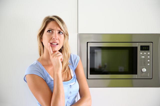 domowe sposoby, kuchnia, kuchenka mikrofalowa, mikrofalówka, agd