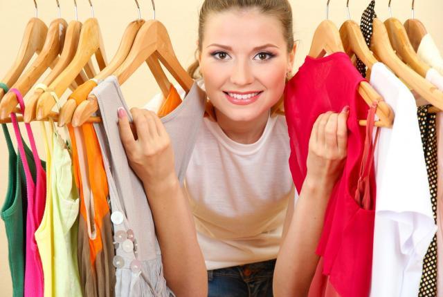 garderoba, ubrania, pojemna garderoba