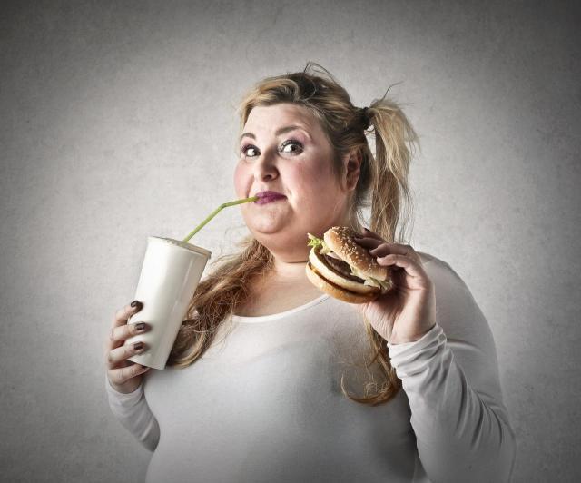 6 nawyków, które niszczą Twoją sylwetkę