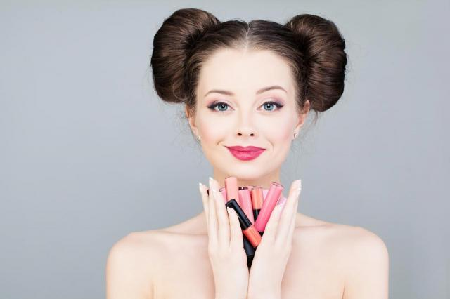 5 porad na to, jak dobrać idealną szminkę do Twoich ust