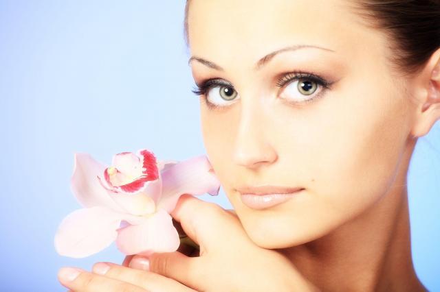 Kształt twarzy, a fryzura - jak prawidłowo ją dobrać?