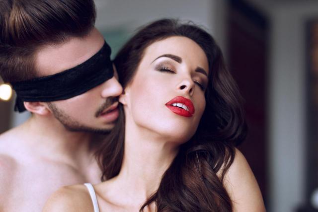 Maksimum przyjemności z seksu: Jak osiągnąć orgazm?
