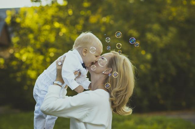 Cała prawda o idealnych Dzieciach i idealnych Matkach