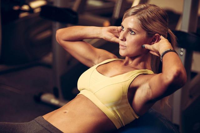 płaski brzuch, ćwiczenia na brzuch, mięśnie brzucha