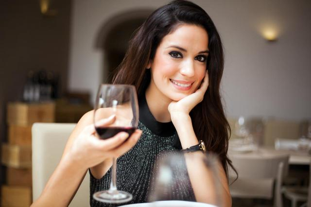 Wino, a ból głowy - czy częstym piciem wina możemy narazić się na problemy zdrowotne?