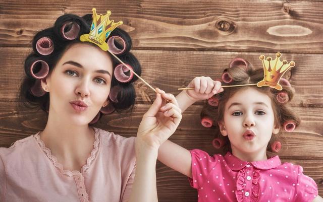 Wzorowa mama: czyli tych rzeczy nigdy nie mów swojemu dziecku