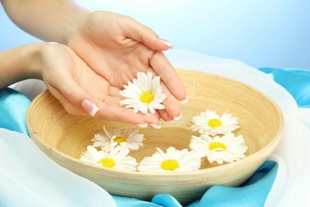 piękne dłonie, pielęgnacja dłoni