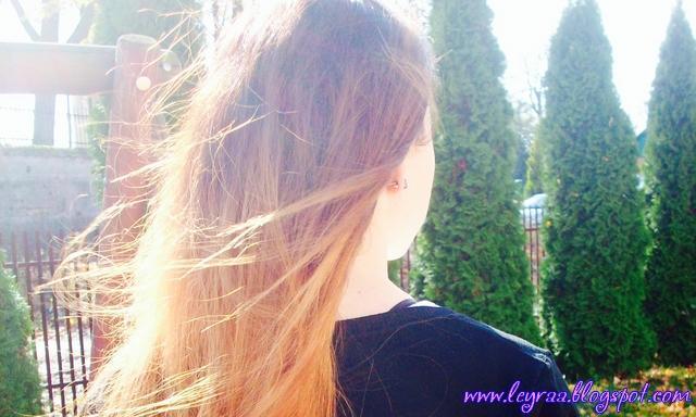 Jak dbać o długie włosy? Humektanty, emolienty i proteiny, czyli czego szukać w maskach i odżywkach do włosów