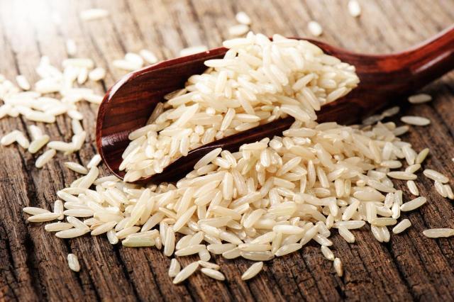 Nietypowe zastosowania ryżu - pomoże Ci w wielu kryzysowych sytuacjach!