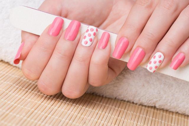 13 pomysłów na modne wzory paznokci