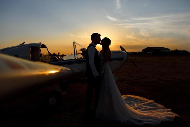11 ślubnych ujęć prawdziwej miłości. Te pary wyglądają przecudnie!