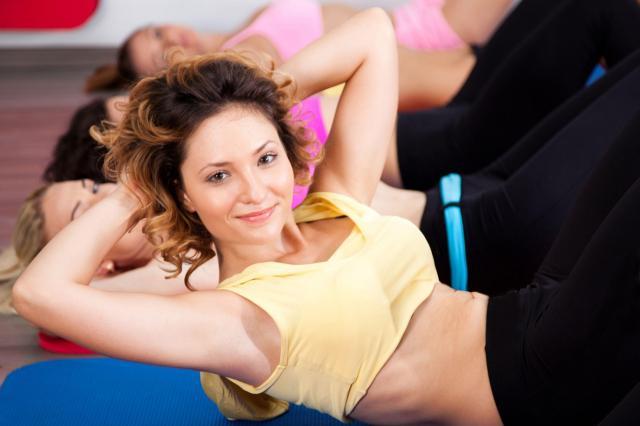ćwiczenia, siłownia, odchudzanie, fitness, ćwiczenia na brzuch