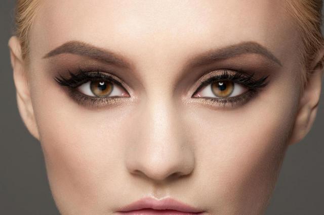 ślub, inspiracje, makijaż weselny, makijaż twarzy, makijaż smoky eyes, makijaż