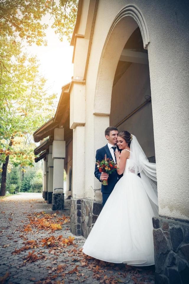 Jakie zdjęcia na sesji ślubnej? 10 propozycji na fotografie zapadające w pamięć na zawsze
