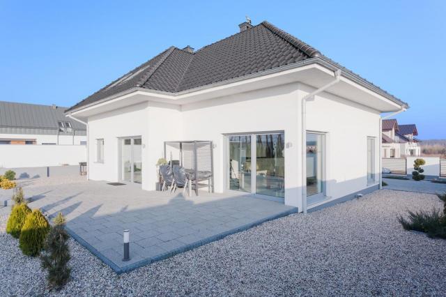 Domy jednorodzinne, które pięknie wyglądają i pasują do Polskiej architektury