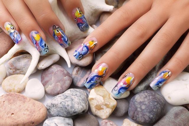 paznokcie porady, rozdwajające się paznokcie, pielęgnacja paznokci