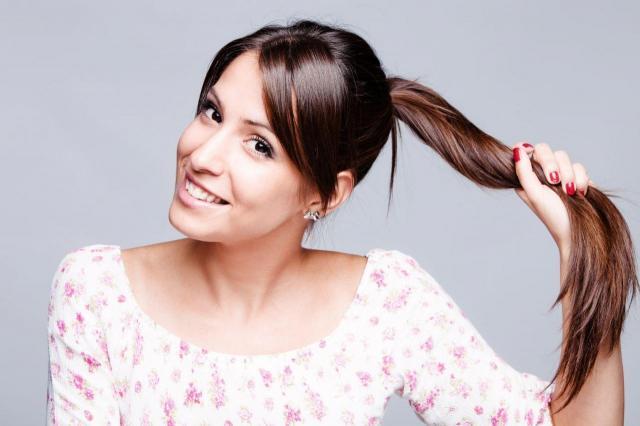 4 największe problemy kobiet z długimi włosami