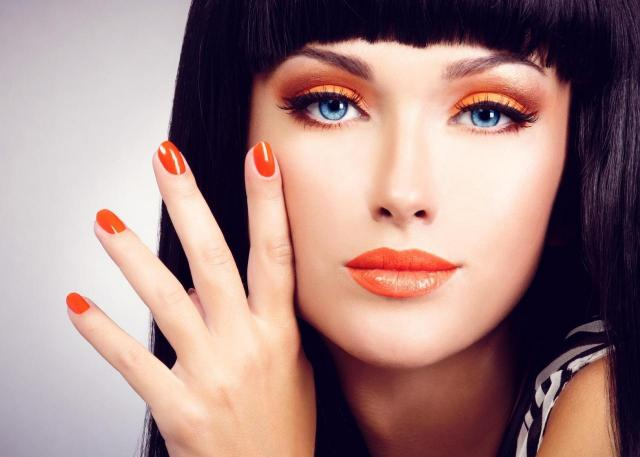 11 kroków do perfekcyjnego makijażu dla kobiet