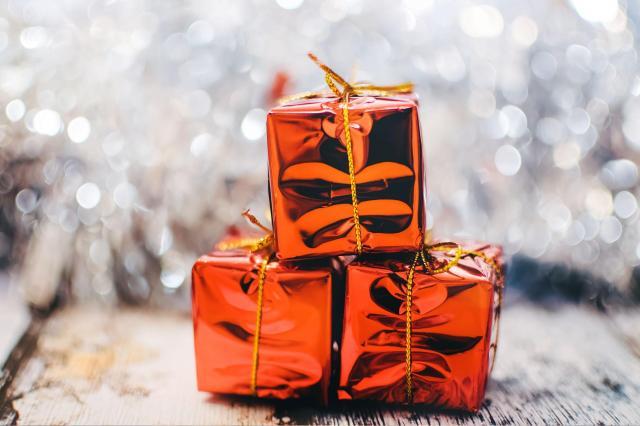prezent świąteczny, zakupy, prezenty
