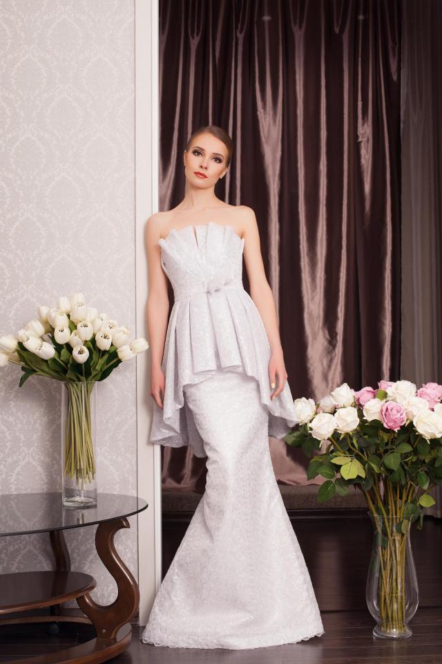 Katalog sukni ślubnych 2018: krótkie i długie propozycje