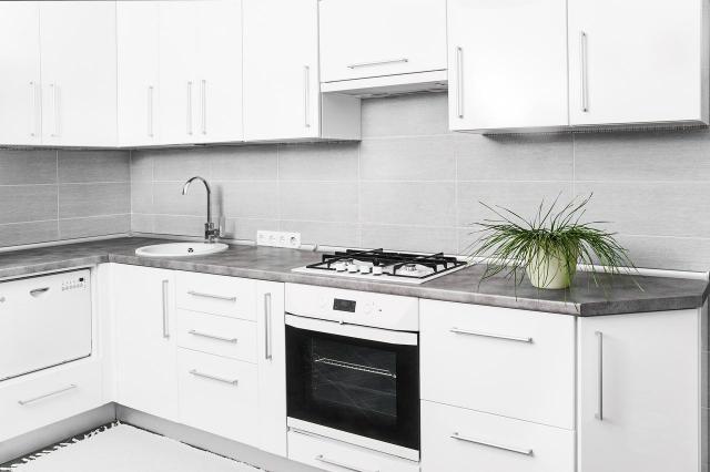 Białe AGD w kuchni – plusy i minusy