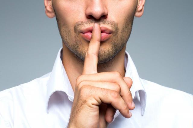 Dlaczego facet milczy – psychologia mężczyzny