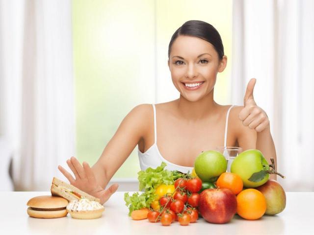 Wybierz TE składniki diety, dzięki którym Twoja skóra odżyje