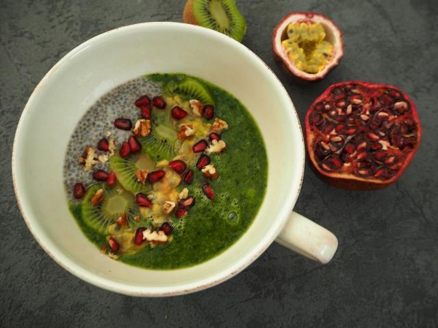 Pudding z nasion chia, kiwi i banana