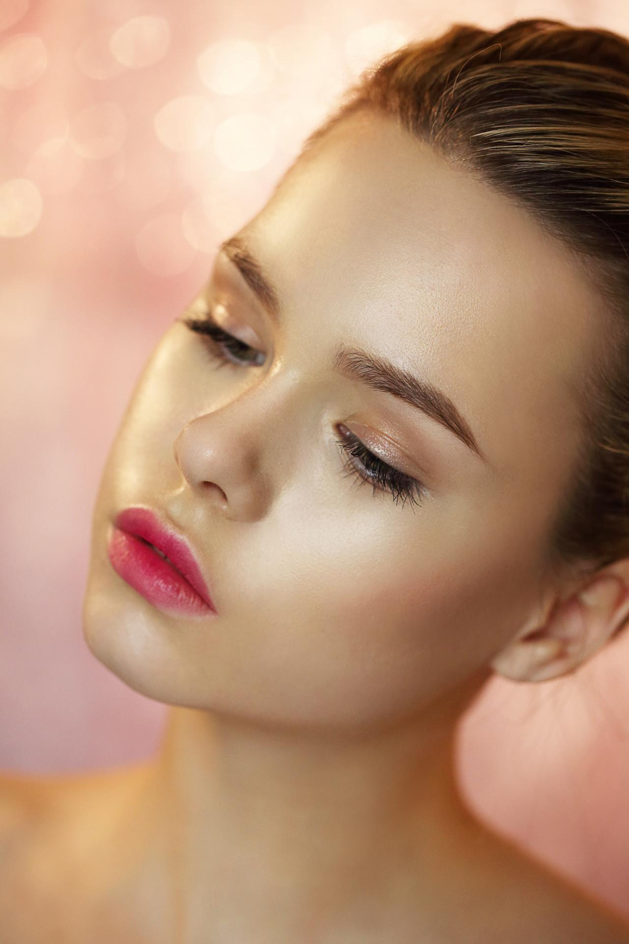 Makijaż Rozświetlający Czyli Przepis Na Udany Look Kobieceporadypl