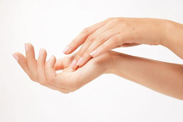 zadbane dłonie, pielęgnacja dłoni, skóra