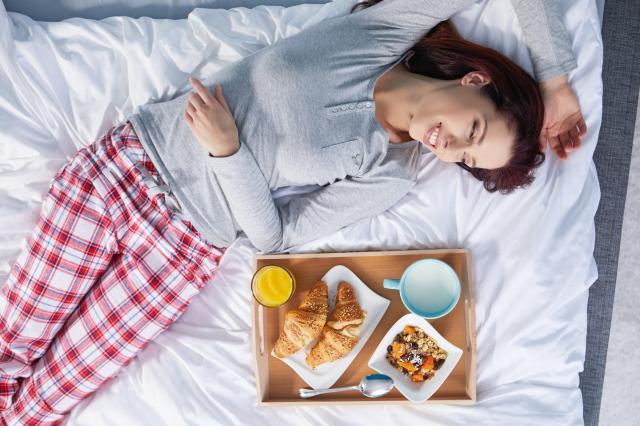 5 zaskakujących rzeczy, które dzieją się z ciałem podczas snu