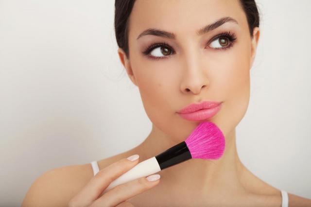 3 triki, które pomogą Ci dobrać odpowiedni makijaż.