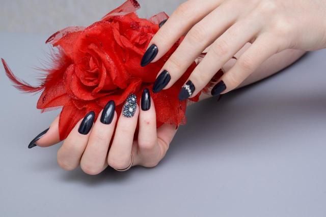 paznokcie, stylizacja paznokci, manicure