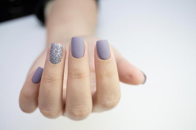 stylizacja paznokci, manicure, paznokcie