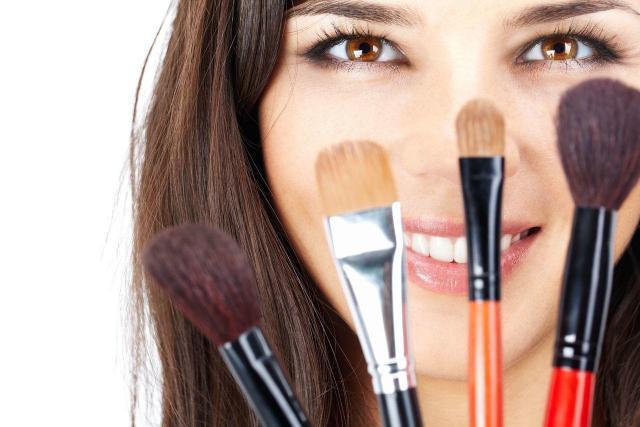 4 sekrety wizażystów, które podkreślą Twoje piękno