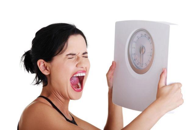 4 najbardziej tłuste przekąski, które rujnują Twój organizm