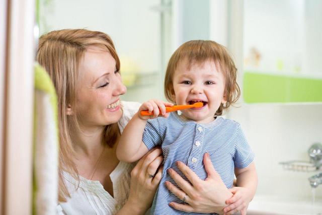 4 powody dla których powinnaś dbać o zęby Twojego dziecka
