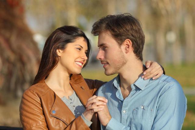 5 powodów dla których warto trzymać kontakt z byłym