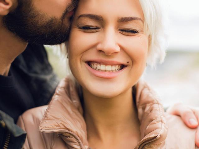 4 cechy kobiety, które facet uważa za mega słodkie! Na pewno się zakocha!